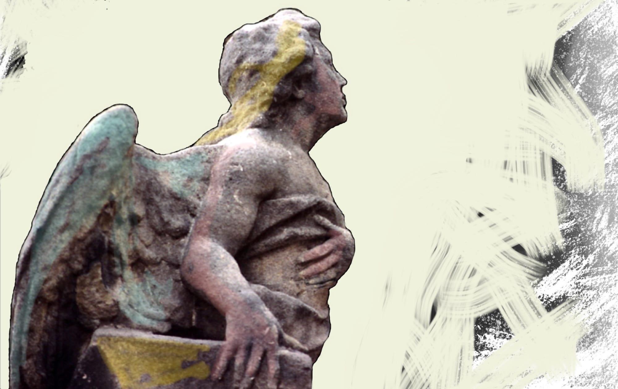 La statua di un angelo che scruta l'orizzonte