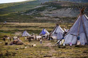 Mongolia Tsaatan